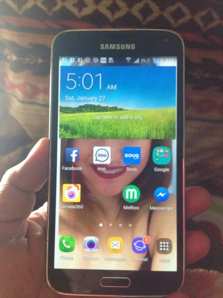 Used I'm selling my Samsung s5 used,but good in Dubai, UAE