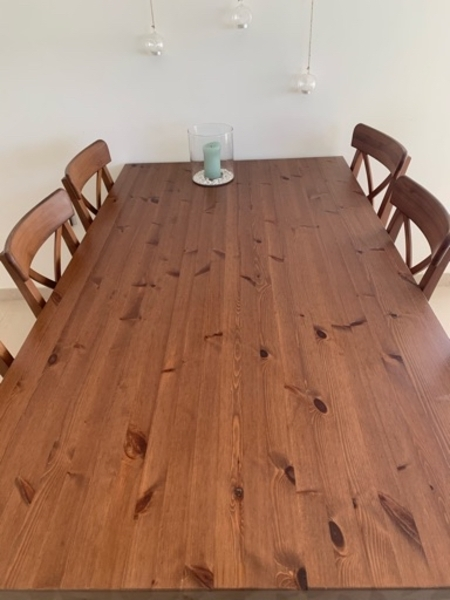 Used Beautiful rigid dining table - 6 chairs in Dubai, UAE