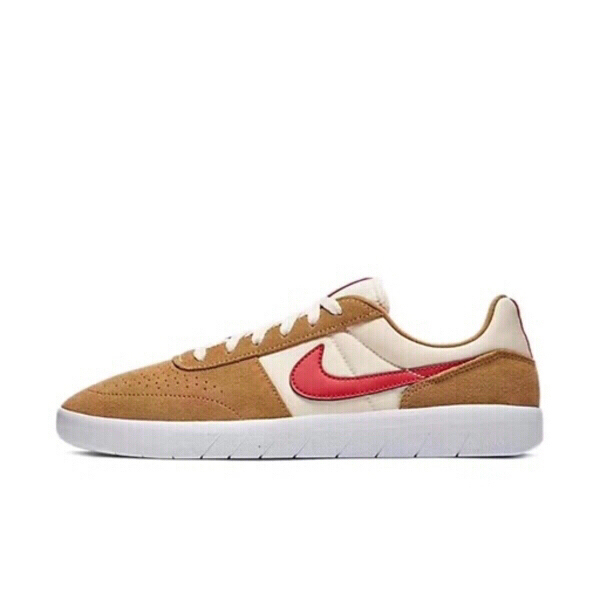 Used Nike sneakers for men in Dubai, UAE