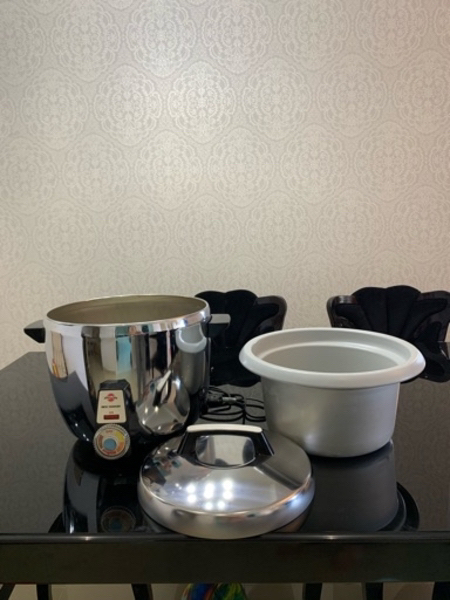 Used 12 Serving Automatic rice cooker in Dubai, UAE