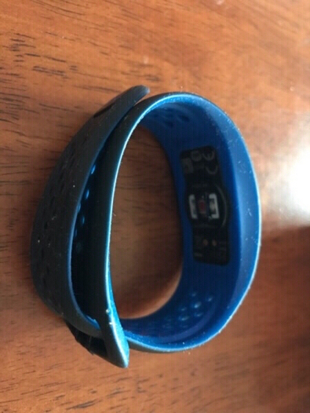 Used Miofuse wrist band pay for delivery only in Dubai, UAE
