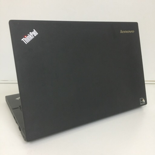 Used X240 Lenovo i5 with 8 gb ram in Dubai, UAE
