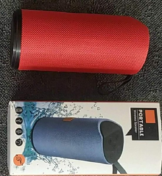 Used PORTABLE WIRELESS SPEAKER in Dubai, UAE