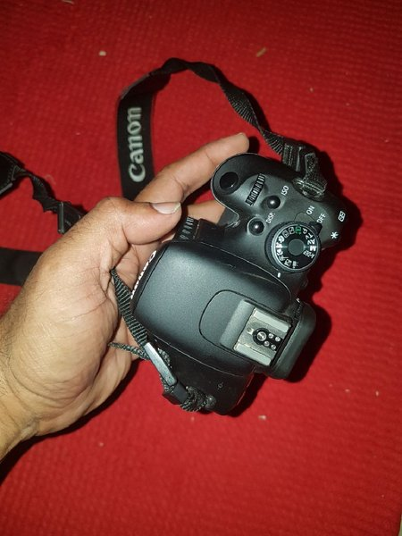Used Canon 600D with 18-55mm lens in Dubai, UAE