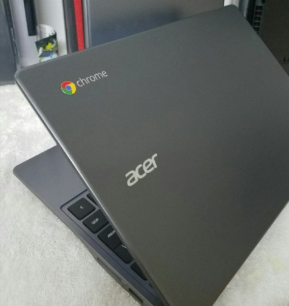 Used Slightly used acer chromebook 11.6inches in Dubai, UAE