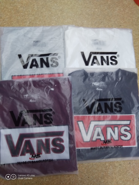 Used Vans Tshirt 4pcs ANNIV PROMO!⚡⚡😍 in Dubai, UAE