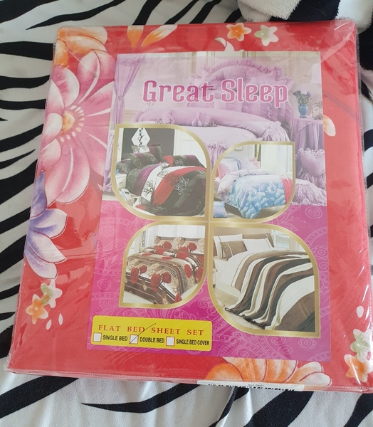 Used New double bed sheet and pillows covers in Dubai, UAE