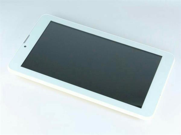 Used 3G Tablet with 16GB Capacity 1GB Ram...dual sim card..5mp back camera and 3mp front camera. in Dubai, UAE