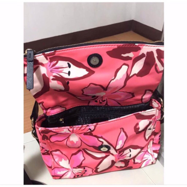 Used Brand new kate spade bag in Dubai, UAE