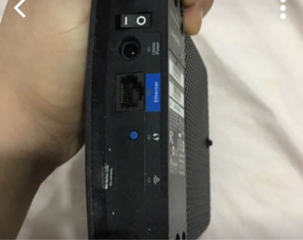 Used Lynkise router wifi excender in Dubai, UAE