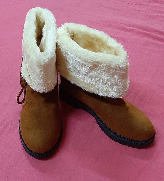 Used Boots for her, 230 size ! in Dubai, UAE