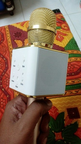 Used New karaoke mic in Dubai, UAE