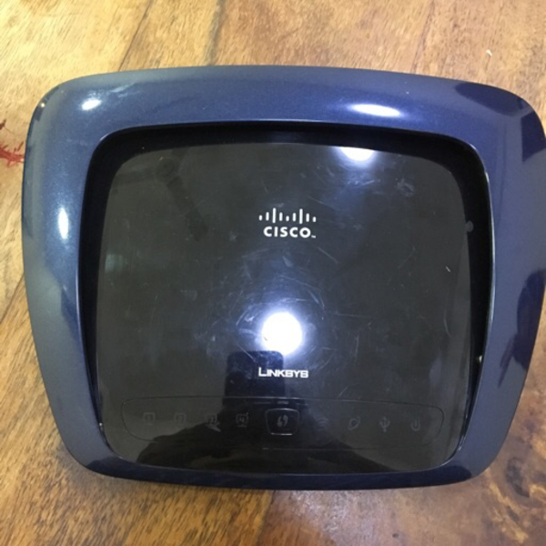Used Linksys Dual band wireless router in Dubai, UAE