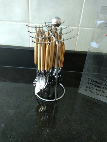 Used Cutlery set in Dubai, UAE
