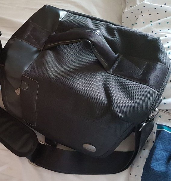 Used Samsonite camera bag in Dubai, UAE