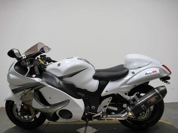 Used 2013 Suzuki Hayabusa 1300 in Dubai, UAE