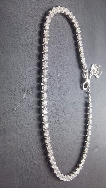 Used Italian silver Ladies Tennis Bracelate in Dubai, UAE