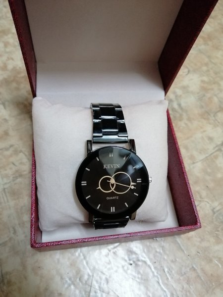 Used Kevin Good Quality Watch ⌚ For Man in Dubai, UAE