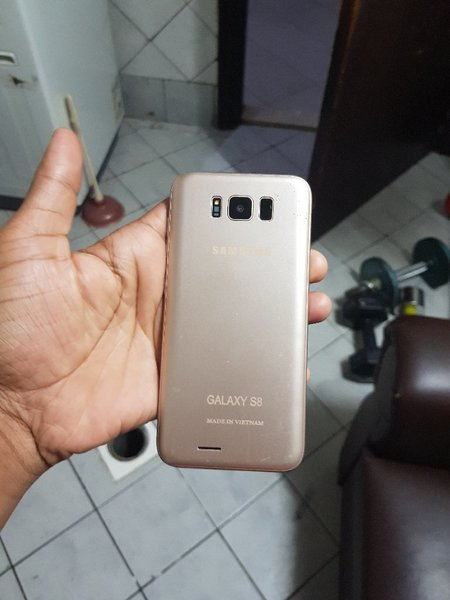 Used Samsung s8 old in Dubai, UAE
