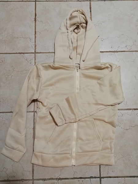 Used New beige warming hoodie for her size M in Dubai, UAE