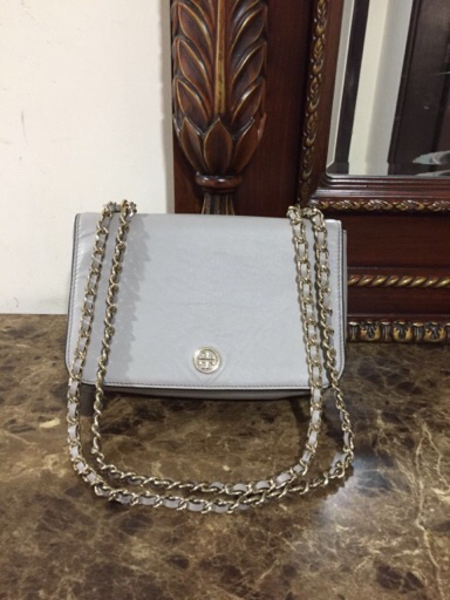 Used Toryburch two way Bag preloved Authentic in Dubai, UAE