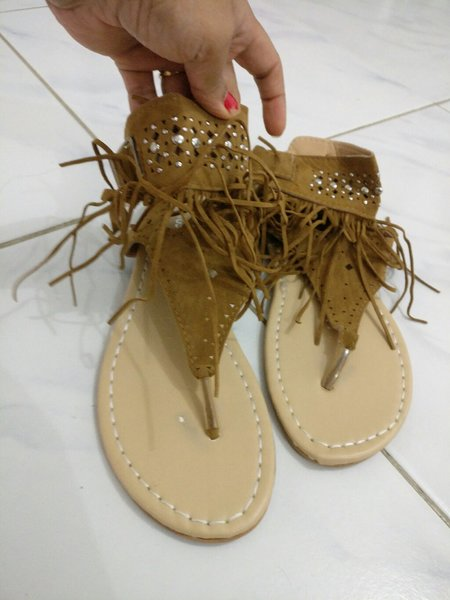 Used Brown sandals with peds and liners in Dubai, UAE