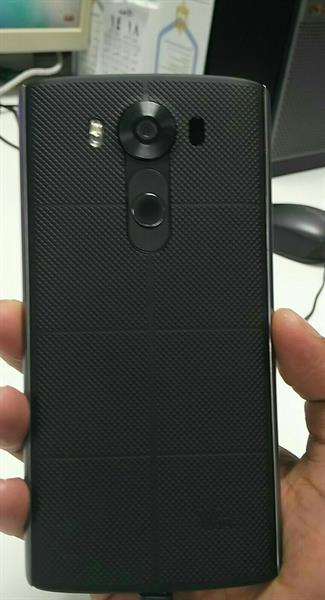 Used LG V10 4GB RAM 64 ROM 4G LOOK LIKE NEW ONLY MOBILE NO ACCESSORIES in Dubai, UAE