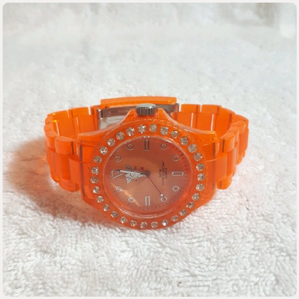 Used Amazing nice color LONDON watch.. in Dubai, UAE