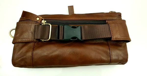 Used Leather Waists pack Phone pouch Bag in Dubai, UAE