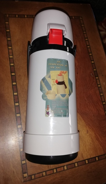 Used New vaccum Flask.. : in Dubai, UAE