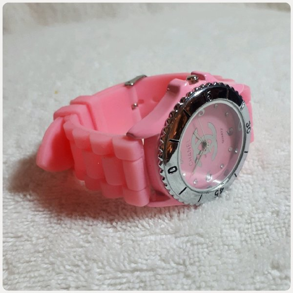Used Beautiful pink CHANNEL watch in Dubai, UAE
