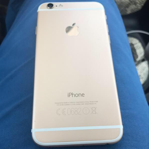 Used Iphone 6s Gold 16 Gb, One Small Crack, With Original Charger, Used 3 Weeks Only in Dubai, UAE