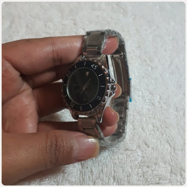 Used Awesome KESTE WATCH...😊😊😊 in Dubai, UAE