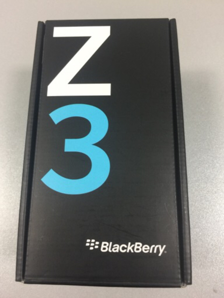 Used BlackBerry Z3 with all accessories  in Dubai, UAE