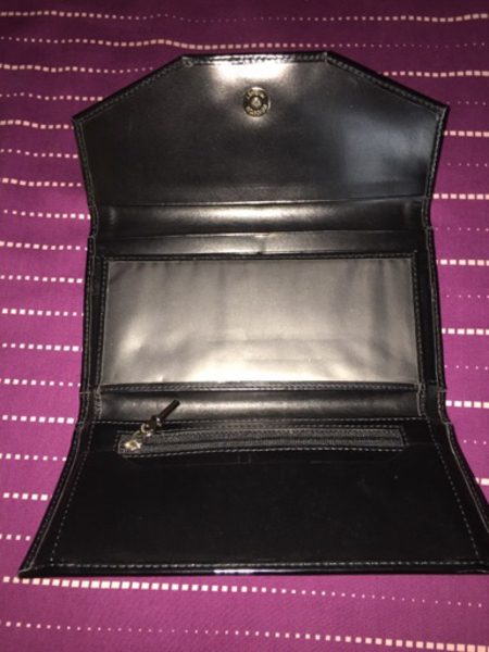 Burberry Wallet not Authentic