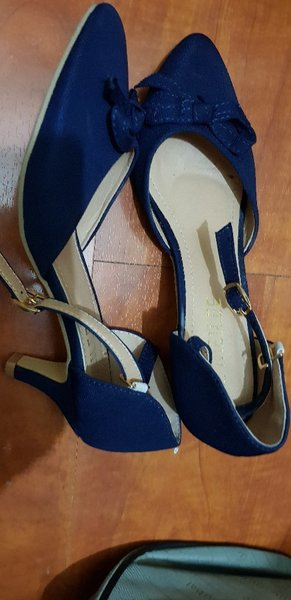 Used Shoes on sale! Still New size 36 in Dubai, UAE