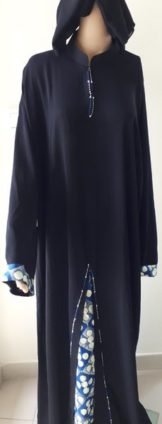 Used DIDI Abaya with exotic touch in Dubai, UAE