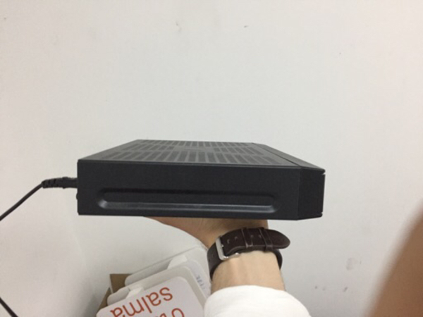 Etisalat receiver (with controller)