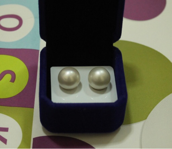 Used White South sea pearl-14mm perfect shape in Dubai, UAE