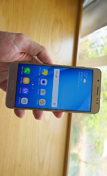 Used Samsung Galaxy J5: HOT DEAL!! in Dubai, UAE