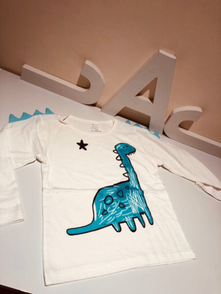 Used Dino T-Shirt size 100Y 3-4 years in Dubai, UAE