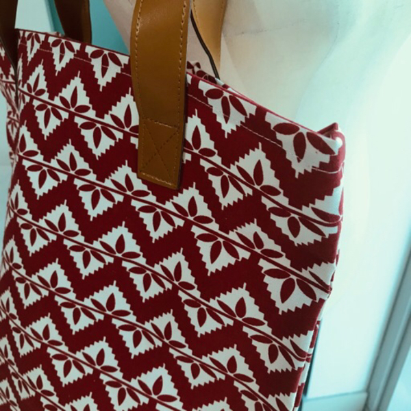 Used Red Patterned Beach/Canvas Bag NEW in Dubai, UAE