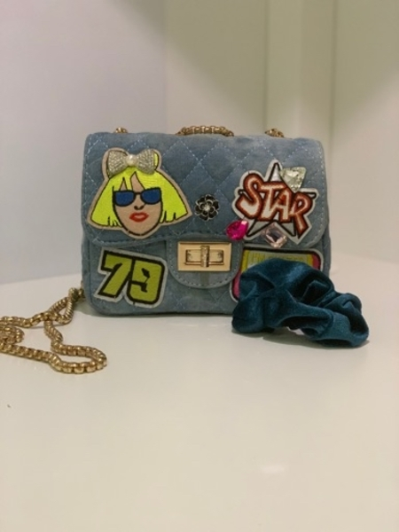 Used Los Angles Vibes bag with hair tie in Dubai, UAE