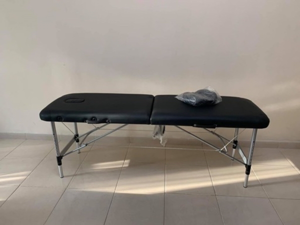 Used Portable Massage Bed (BrandNew) in Dubai, UAE