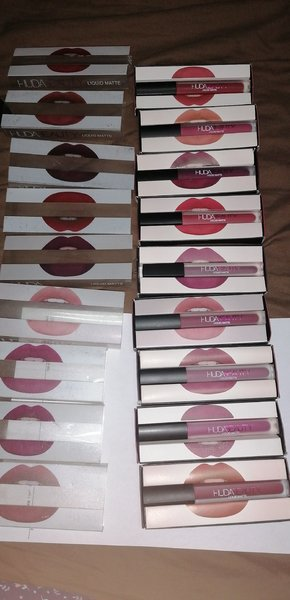 Used Huda beauty lipstick 30pc in Dubai, UAE