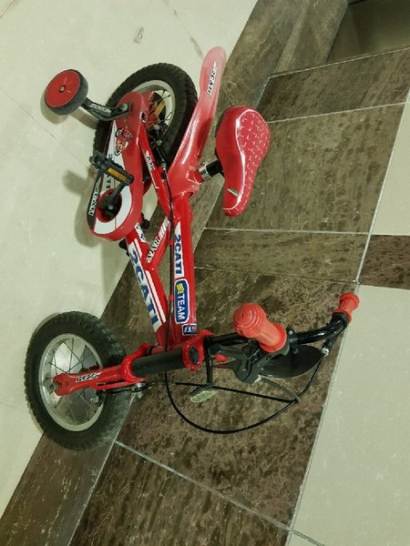 Used red color bike workin in good condition in Dubai, UAE