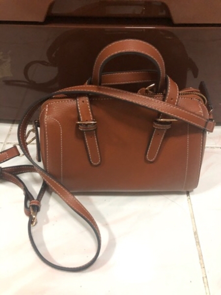 Used Brown Crossbody Bag w: Handle in Dubai, UAE