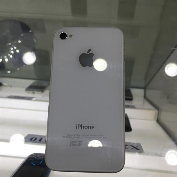 Used iPhone 4s-16GB. White And Black  in Dubai, UAE