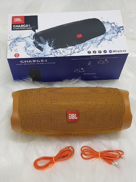 Used Offers new colour charge 4 JBL speakers in Dubai, UAE