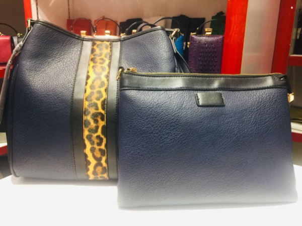 Used 2 in 1 Black Ladies Bag in Dubai, UAE